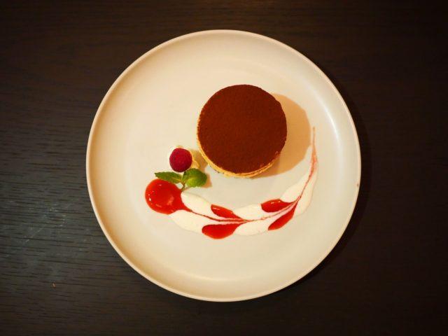 〈デザート〉シェフ特製ティラミス